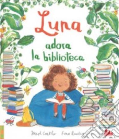 Luna adora la biblioteca